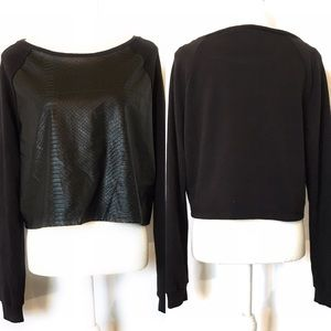 Divided faux leather crop top, Sz med, black